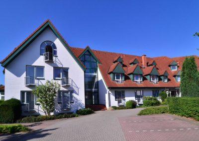 Hotel zur Prinzenbrücke - Ansicht vom Parkplatz