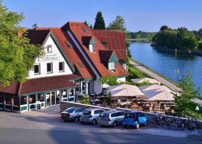 Hotel zur Prinzenbrücke - Ansicht von der Brücke